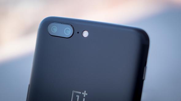 Эксперты: Смартфон OnePlus 5T стартует на рынке по цене от 525 долларов